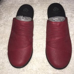 New  CloudSteppers CLARKS Cushion size 8.5